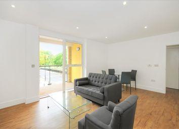 Thumbnail 3 bed flat to rent in Gunmakers Lane, London