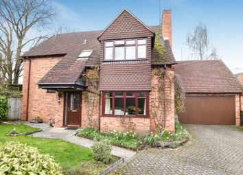 Thumbnail 4 bed detached house to rent in The Hawthorns, Charvil, Reading