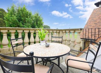 Thumbnail 3 bedroom flat for sale in St. Georges Place, St Margarets, Kent