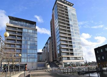 Thumbnail Flat for sale in Western Gateway, Royal Docks E16, London,