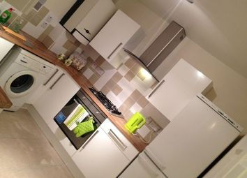 Thumbnail 3 bedroom flat to rent in Loddiges Road, Homerton, London