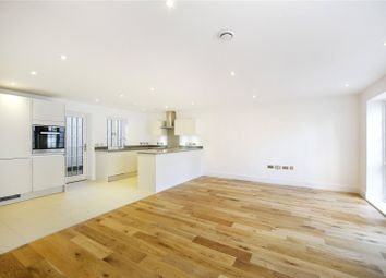 Thumbnail 4 bed flat for sale in Upper Richmond Road, London