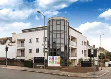 2 bed flat to rent in Mulberry House, 1 Warbro Road, Torquay, Devon TQ1