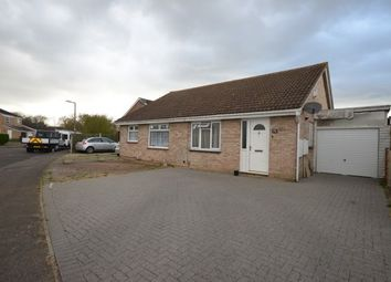 2 bed bungalow to rent in Kingston Crescent, Chatham ME5