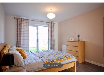 Thumbnail Room to rent in Four Chimneys Crescent, Hampton Vale, Peterborough