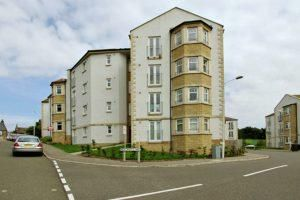Thumbnail 1 bed flat to rent in Merchants Way, Inverkeithing
