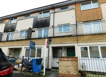 Thumbnail 4 bedroom town house to rent in Beckhampton Close, Manchester