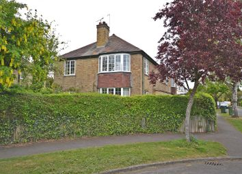 Thumbnail 3 bed flat for sale in Leys Avenue, Cambridge