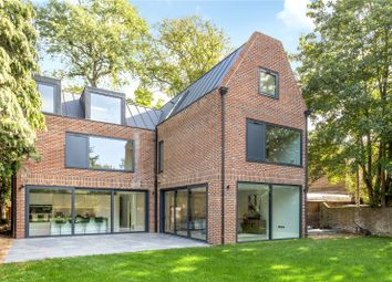 Hempstead Road, Watford, Hertfordshire WD17. 6 bed detached house for sale