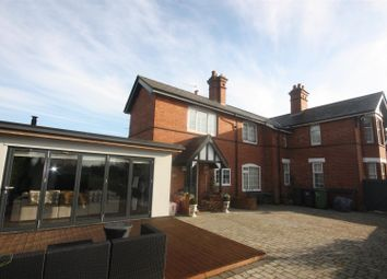 Thumbnail 3 bed detached house for sale in Barrow Road, Kenilworth