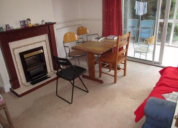 4 bed detached house to rent in Elm Road, Reading RG6