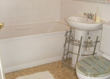 Thumbnail 2 bed flat to rent in Brimfield Road, Watts Wood