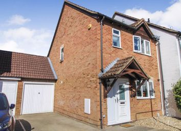 3 bed semi-detached house for sale in Fokerham Road, Thatcham RG19