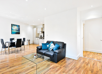 Thumbnail 2 bed flat to rent in Cambridge Heath Road, Whitechapel
