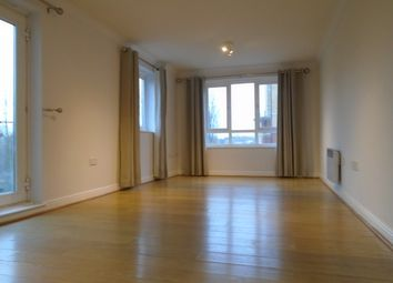 Thumbnail 2 bed flat to rent in Glebelands Close, North Finchley