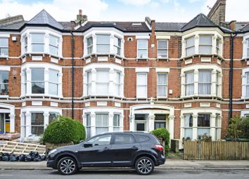 Thumbnail 3 bed flat to rent in Stapleton Hall Road, Stroud Green