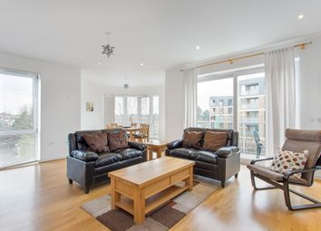 Thumbnail Flat to rent in Aura House, Melliss Avenue, Kew