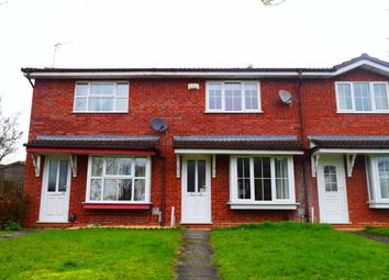 2 bed property to rent in Shard Close, Northampton NN4