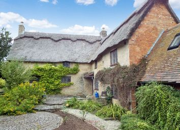 Thumbnail 4 bed cottage to rent in Vicarage Lane, Podington, Northamptonshire