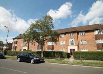 Thumbnail 2 bed flat to rent in 121 Ossulton Way, East Finchley
