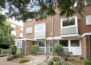 Thumbnail 2 bedroom flat to rent in Constable Walk, Dulwich