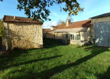 Thumbnail Farm for sale in Breuilh, Dordogne, France
