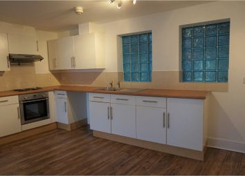 Thumbnail 2 bed flat for sale in 72 Arctic Road, Cowes