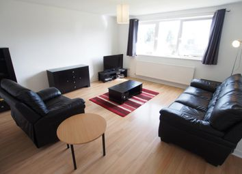 2 bed flat to rent in Polmuir Road, Aberdeen AB11