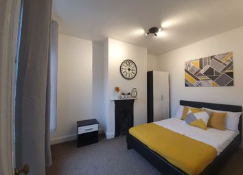 Thumbnail Room to rent in Room 2, Oxford Street, Far Cotton, Northampton