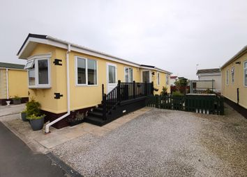 2 bed mobile/park home for sale in Lilac Drive, Hambleton Country Park, Poulton-Le-Fylde, Lancashire FY6