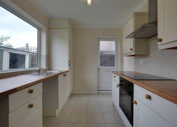 Thumbnail 2 bed detached house to rent in Cowper Road, Rainham