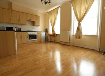 Thumbnail 1 bed flat to rent in Stamford Hill, Stoke Newington
