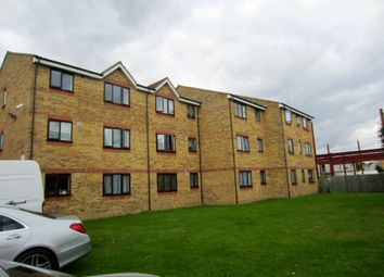 Thumbnail 1 bed flat to rent in Wight House, Tolpits Lane, Watford