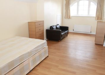 Thumbnail 4 bedroom maisonette to rent in Gladstone Avenue, Wood Green