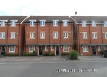 Thumbnail 4 bed property to rent in Foxherne, Langley, Slough