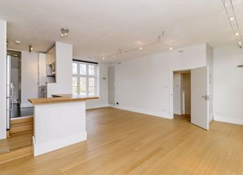 2 bed flat to rent in Ennismore Avenue, London W4