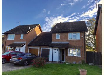 Thumbnail 4 bed link-detached house for sale in Chatelet Close, Horley