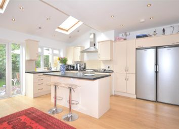 Thumbnail 3 bed property to rent in Queensland Avenue, London