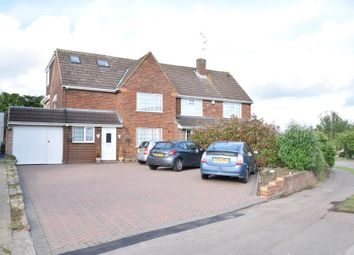Thumbnail 6 bed property for sale in Silverdale Road, Earley, Reading