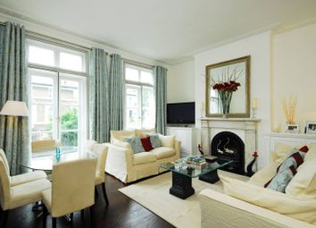Thumbnail 3 bed flat for sale in Gunter Grove, Chelsea