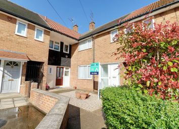 Thumbnail 2 bed terraced house for sale in Newsham Garth, Hull