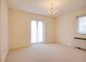 2 bed maisonette to rent in Meadowsweet Close, London E16