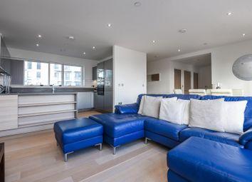 Thumbnail 3 bed flat to rent in Reminder Lane, London