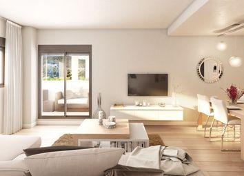Thumbnail 2 bed apartment for sale in Benalmádena, Málaga, Spain