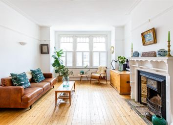 Rosebery Road, Muswell Hill, London N10. 1 bed flat for sale