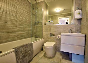 Arisdale Avenue, South Ockendon, Essex RM15. 2 bed flat