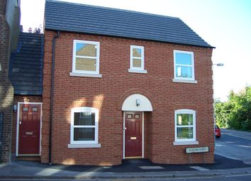 Thumbnail 1 bed maisonette to rent in Buxton Road, Luton, Beds