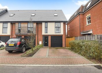 3 bed town house for sale in Faircross Court, Thatcham RG18