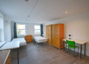 Thumbnail Room to rent in Castlebar Park, Ealing