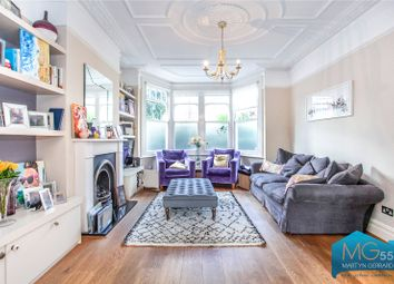 Claverley Grove, Finchley, London N3. 4 bed terraced house